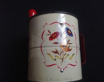ANDROCK TRIPLE SIFTER - Sieve flour red enamel - Red enamel flour sieve Vintage Made in Canada