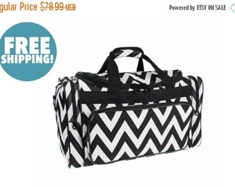 """Moms Sale Pre-packed Deluxe """"Big Day""""Chevron Duffel"""