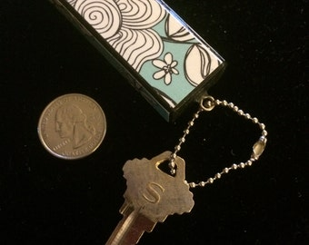 Aqua and White Floral Keychain