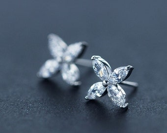 Sterling silver shinning Four petal flower earring,elegant gifts,925silver shinning Clover earring,lively and vivid.