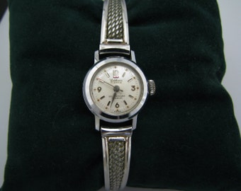 Vintage 1950's Ladies Waltham Watch with Metal Stretch Band in Silver Tone