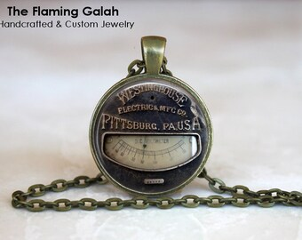 SPEEDOMETER Pendant • Car Lover • Vintage Speedometer/Speedo • Odometer • Gift for Him • Gift Under 20 • Made in Australia (P0515)