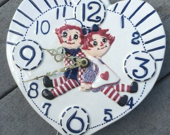 Vintage 1970's Raggedy Ann and Andy Electric Clock *WORKS*