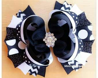 "5"" Black & White Boutique Hair Bow!"