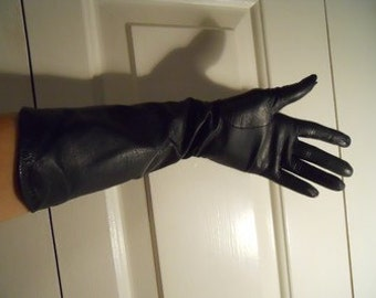 Vintage Lionel Le Grand long leather gloves size 6 1/2