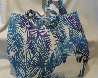 Tote bag with fern leaf design