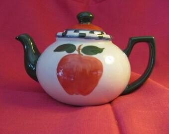 Apple Series Teapot by JoAnn Cameron
