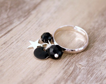 Bohemian ring beads and black sequin - silver plated bracket