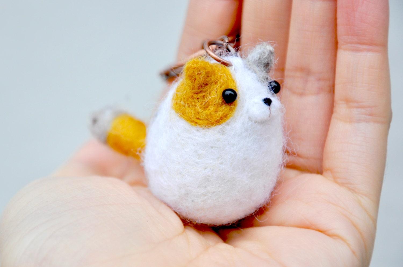 Needle felt amigurumi cat keychain kitty keychain by ...