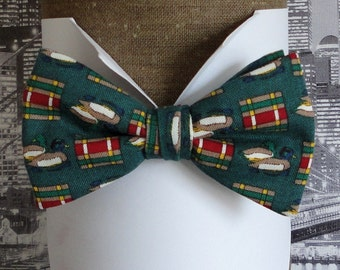 Bow Tie, Bow Ties For Men, Ducks on Green Background Pre Tied Bow Tie