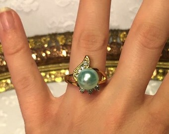 Vintage Blue Pearl and Diamond Gold Ring Size 6
