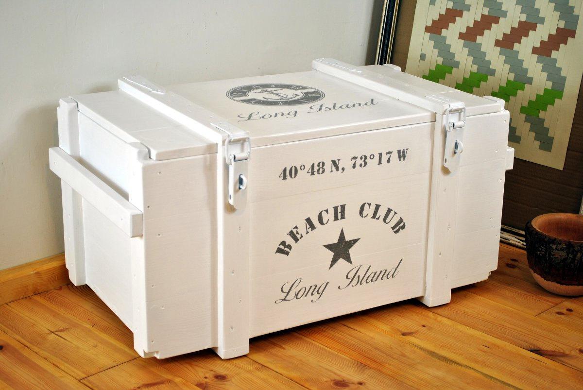 wei e truhe long island beach club frachtkiste. Black Bedroom Furniture Sets. Home Design Ideas