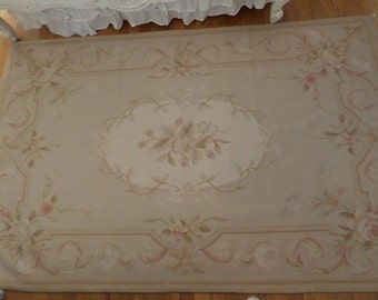 Beautiful Vintage French Aubusson Roses Pastels Rug Shabby Chic Romantic Paris