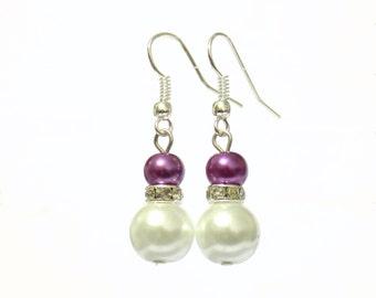 White and purple pearl earrings, white pearl earrings, purple pearl earrings, pearl earrings, drop earrings, dangle earrings, earrings