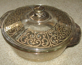 Vintage Georges Braird  2 Qt covered casserole dish Gold Fire king