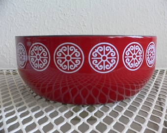 FREE SHIPPING****Bright Red Asta Enamel Serving Bowl