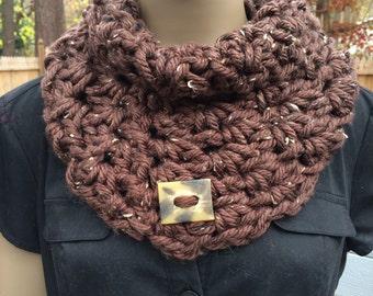 Crochet cowl/women's accessories/brown/cowl/gift/loop scarf/circle scarf/neckwarmer/winter/short infinity scarf