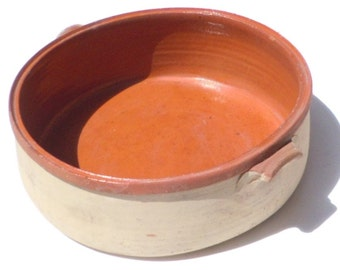 Casserole Dish / Vintage Large Handmade Dish / Glazed Interior and Biege Exterior / Wonderful Usable Antique