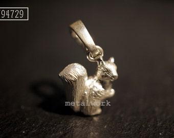 MW P1033 The 925 Silver Squirrel Charm