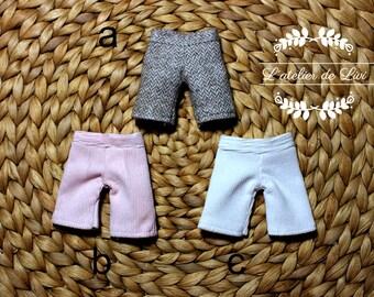 pants for blythe or other similar dolls.