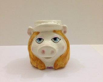 Miss Piggy coffee mug 1980's