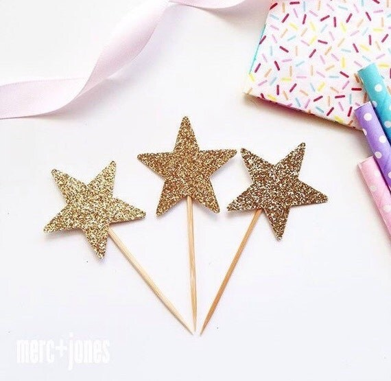 12 x Silver or Gold Glitter Star CupcakeToppers