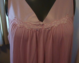 Vintage Vanity Fair Nightie Medium