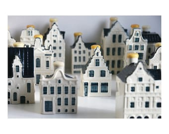 Choose from 60 KLM Blue Delft China Miniature Houses Bols collection