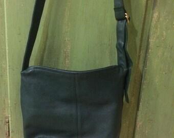 Vintage Evan Picone, Green Handbag, Green Crossbody, Leather Crossbody, Evan Picone,  Green Leather Bag, Evan Picone Purse, Evan Picone Bags
