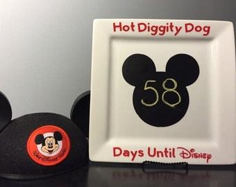 Disney vacation countdown plate.. Disney countdown... Disney world vacation countdown