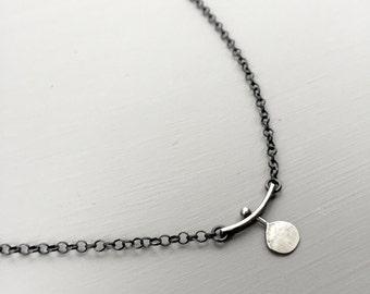 Dot & Bar necklace
