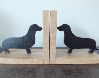 A Pair Of Beautifully Hand Made Dachshund/ Sausage Dog Oak Bookends