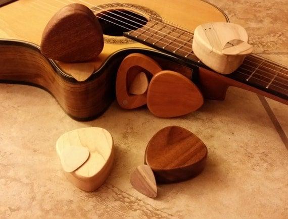 wood guitar pick box and pick hand made custom wood guitar. Black Bedroom Furniture Sets. Home Design Ideas