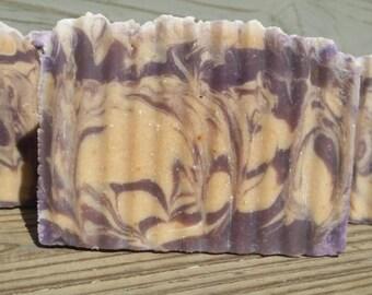 Lavender Apples & Oak Goat Milk Soap, Purple Soap, Artisian Soap, Handmade Soap