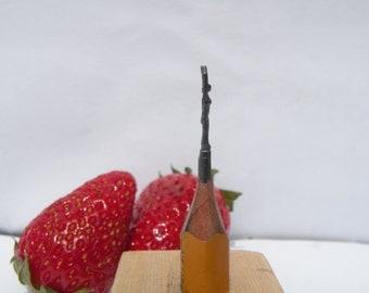 Miniature Woman Graphite Sculpture - Pencil lead sculpture - OOAK Pencil carving