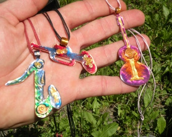 Set of 3 Enameled copper pendants - Musical instruments necklace - Gift for music lovers