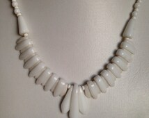 Vintage White Necklace: Vintage Single Strand White Bead Costume Bridal Wedding Necklace