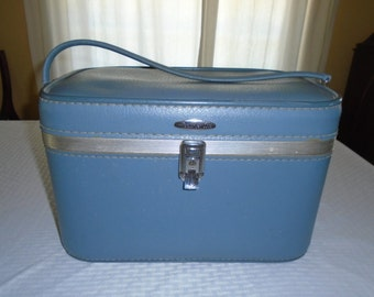 Feather lite Make Up Case / Train Case / Cosmetic Case / Sears Feather lite Train Case / Sears Feather lite Luggage / Sears