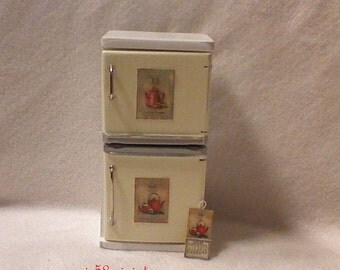 Dollhouse shabby Shic, miniature furniture kitchen, refrigerator for old kitchen 1:12 miniatures
