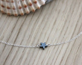 Silver sterling necklace small black star hematite - minimalist necklace - fine silver necklace - silver choker - star necklace