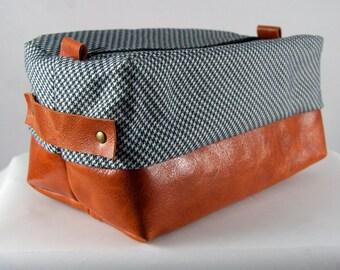 Men's Gift/Toiletry Bag/Dopp Kit/Travel Bag/Dopp Bag/Leather Dopp Bag/Shaving Bag/Mens Toiletry Bag/Shaving Kit/Houndstooth/Groomsmen Gift