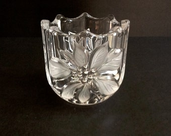 Mikasa Glass Candle Holder, Poinsettia Design, Frosted Raised Glass