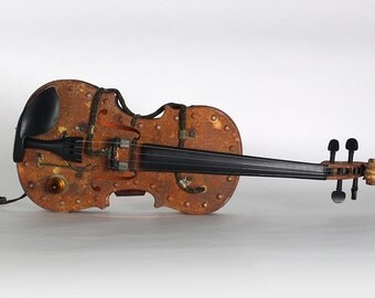 THE IRON FIDDLE – Steampunk Violin w/ Custom Faux Rusty Paint, Bow w/ Hard Shell Case, Musical Instrument Nightlight – Original Art Piece