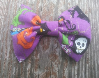 Halloween Hairbow, Girls Hairbow, Purple Hairbow, Boutique Hairbow, Skull Hair Bow, Small Hairbow, Toddler Hair Bow, Halloween Costume
