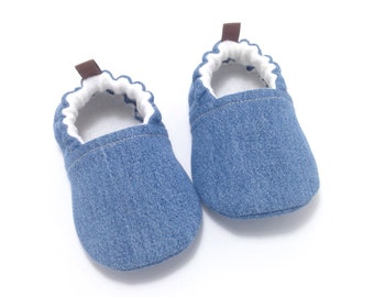 Denim Baby Shoes, baby moccs, Gender neutral baby gift, Soft Sole Shoes, Toddler moccasins, baby shower gift, rubber sole shoes