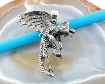 Dragon,silver pendant,925 sterling silver  -- 4949