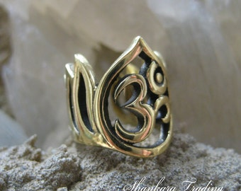 Tribal Ear Cuff, Om Ear Cuff, Brass Tribal Earring, Ethnic Ear Cuff, Tribal Brass Earring, Gypsy Brass Ear Cuff, Ear Cuffs