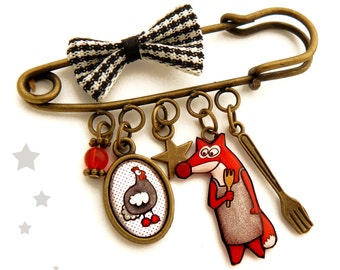 """Brooch """"the fox and the chicken hen"""