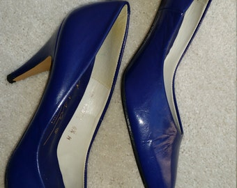Blue Moon Spanish Leather Pumps- Size 6 1/2 M