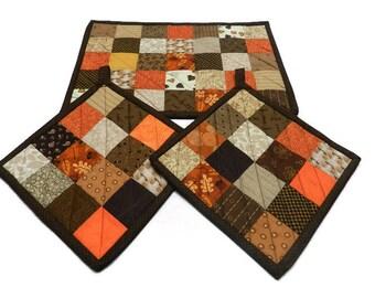 Autumn casserole mat, Pot Holders, Fall patchwork pot holders, Insulated Casserole Mat, Fabric Trivets, Hot Pads, Candle mats, Item #208